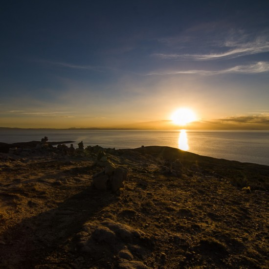 coucher de soleil sur les côtes péruviennes